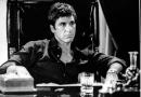 Al Pacino seduto Scarface foto poster 20x25
