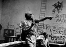 Federico Fellini posa set foto poster 20x25